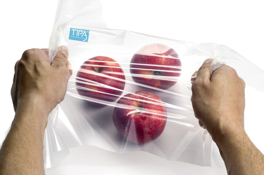 Envases compostables podrían superar al plástico en vida útil de productos frescos
