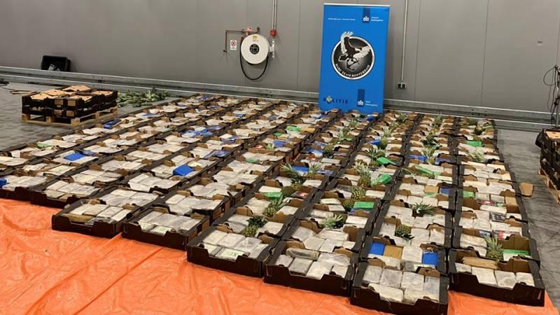 Incautación masiva de cocaína en el puerto de Rotterdam relacionada con frutas tropicales