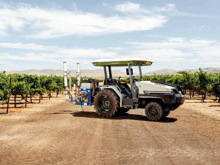 Tractores eléctricos reciben interés creciente a medida que nuevas empresas llegan al mercado