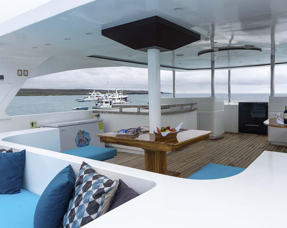 Grand Majestic Yacht |  Galapagos Cruises