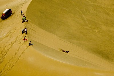 Sandboad at Huacachina