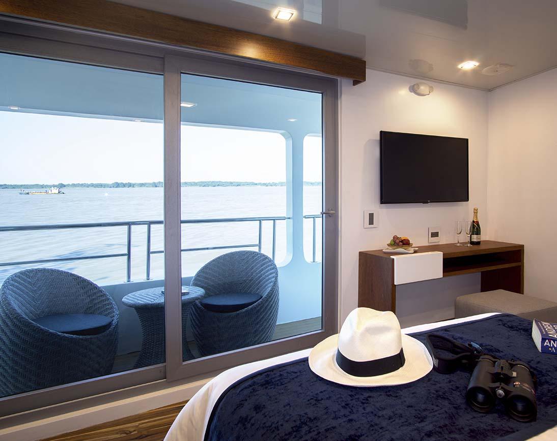 Infinity luxury 20 passenger Yacht |  Galapagos Cruises