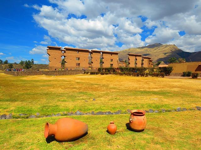 Raqchi | Peru | Peru tours