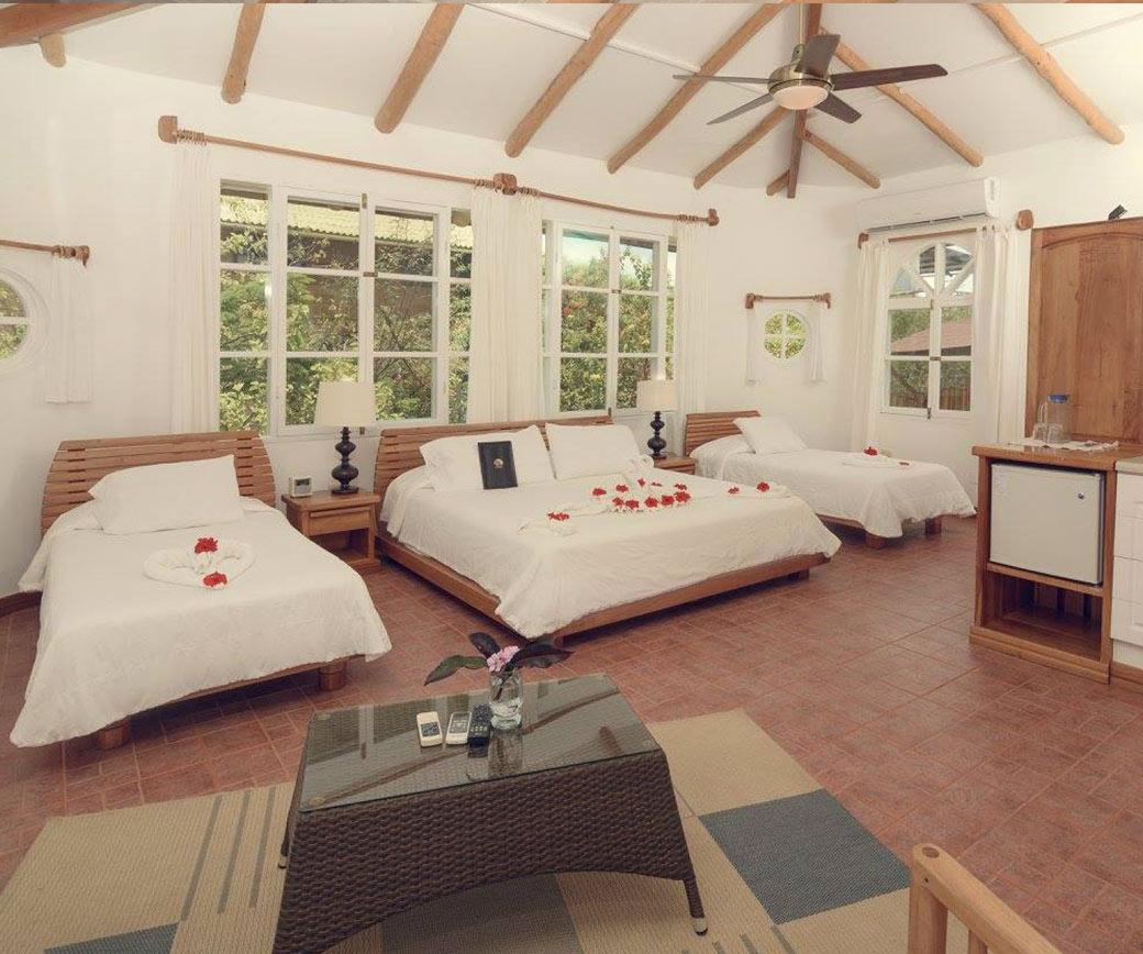 Angermeyer | Galapagos Hotels