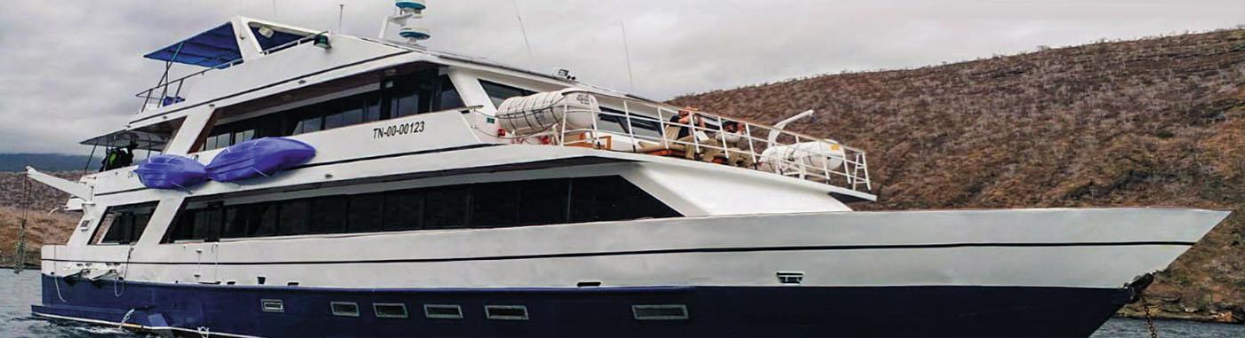 Bonita Yacht| Galapagos cruises