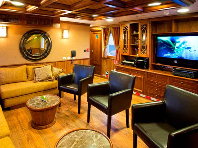 Grace Yacht |  Galapagos Cruises