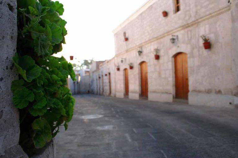 Explore the Old San Lázaro Neighborhood | Peru