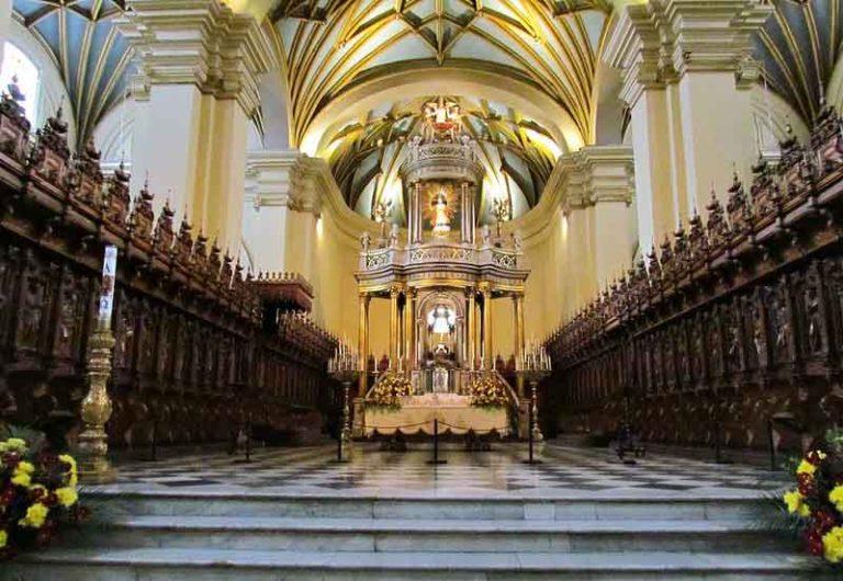 Explore the Museo Palacio Arzobispal   Peru