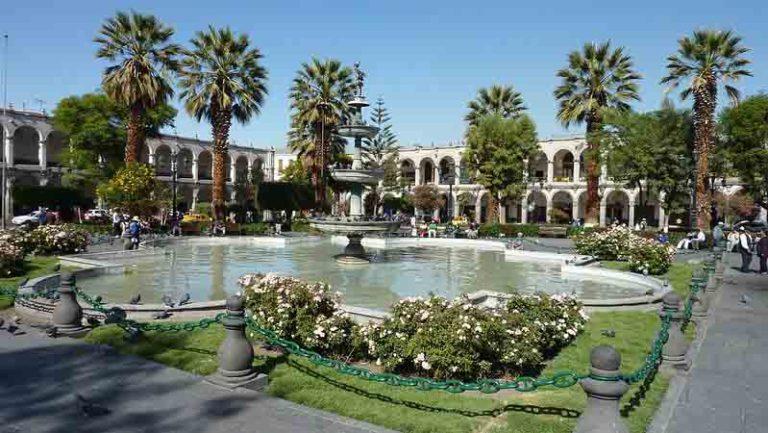 Explore City Square | Peru