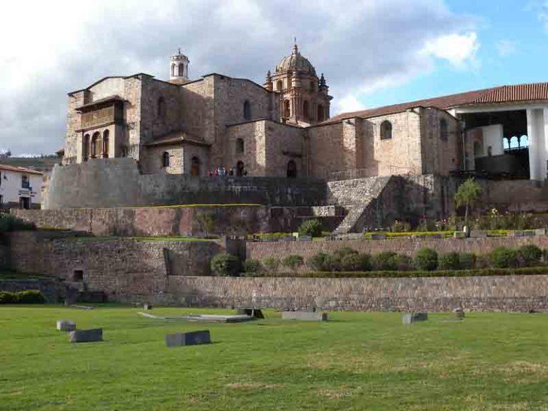 Visit the Convent of Santo Domingo Temple   Peru