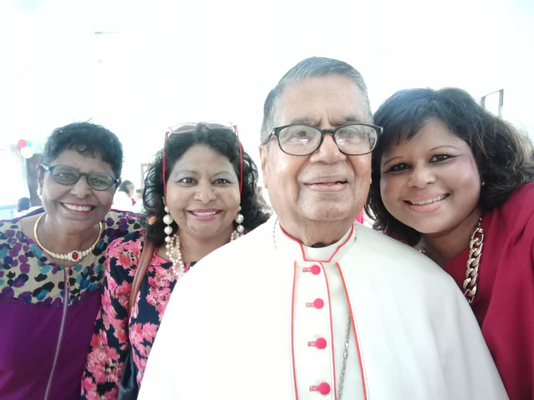 His Eminence Anthony Soter Fernandez and his extended family on 7th Sept 2019 - The Fernandez Sisters