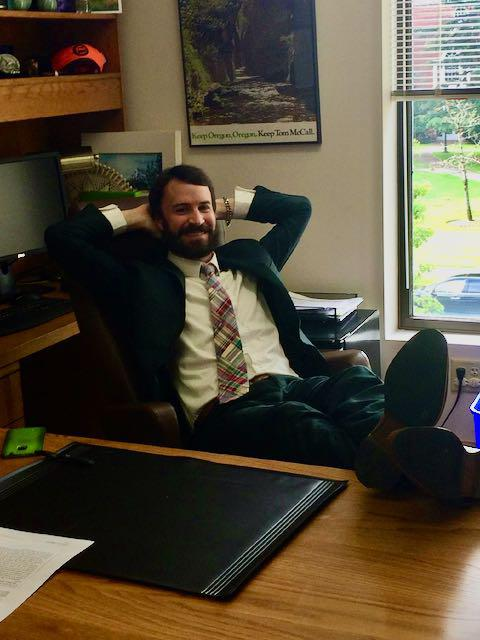 Rep. Fischer trying out his d…