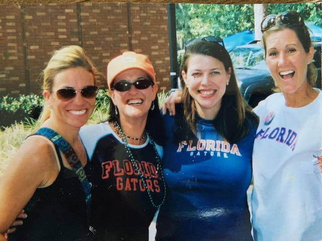 Coffae, Ashlee, Wendy, and Gina reunite for a Gator Game!