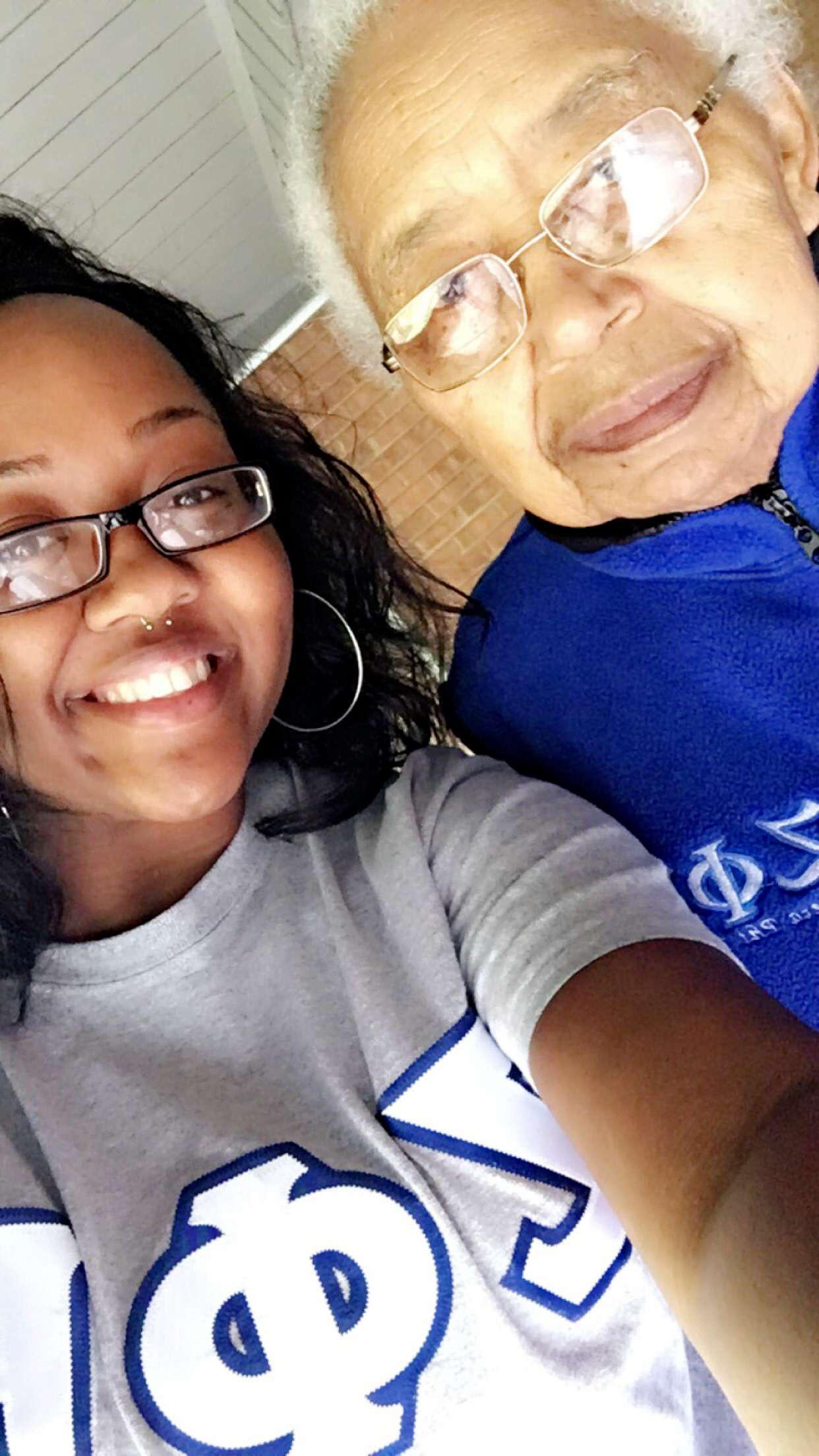 I remember when I first met Mrs. Perle back in 2017 when I volunteered for a zhope  project with my under graduate chapter at that time Phi Pi💙🕊 and we instantly connected. She was such a sweet lady and will truly be missed.  I received a job at (Shadow Oaks) a couple months later and every day she would ask about my ZΦΒ bracelet and if  I was a zeta or from Conway. She was truly a blessing to me and the highlight and joy of all of my shifts. May she rest in peace. Love you always triumphant Soror Hickman🙏🏾