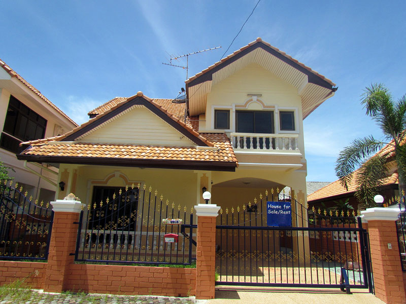 Four bedroom  house for Sale in Central Pattaya
