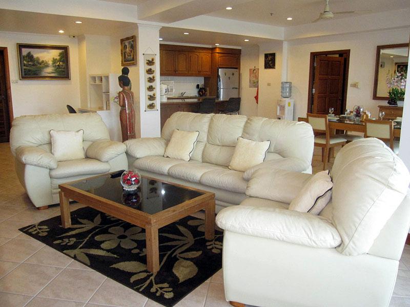Two bedroom  condo for Sale in Jomtien