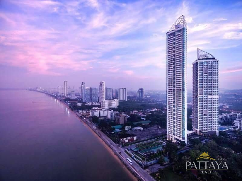 Three bedroom  condo for Sale in Jomtien