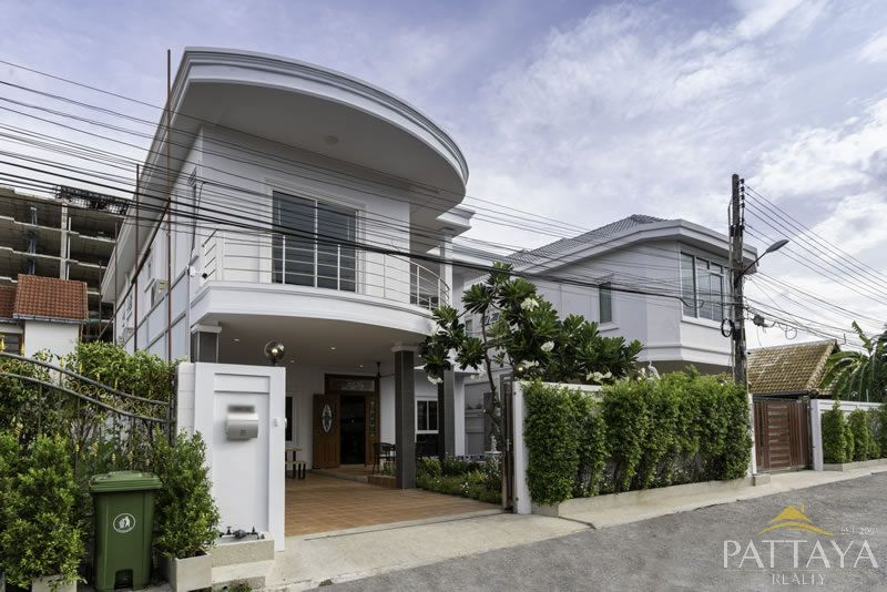 Five bedroom  house for Sale in South Pattaya