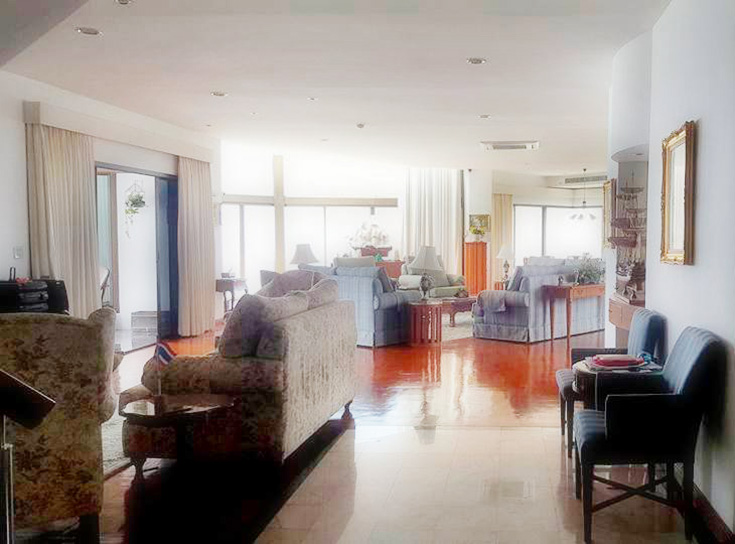 Four bedroom  condo for Sale in Na Jomtien