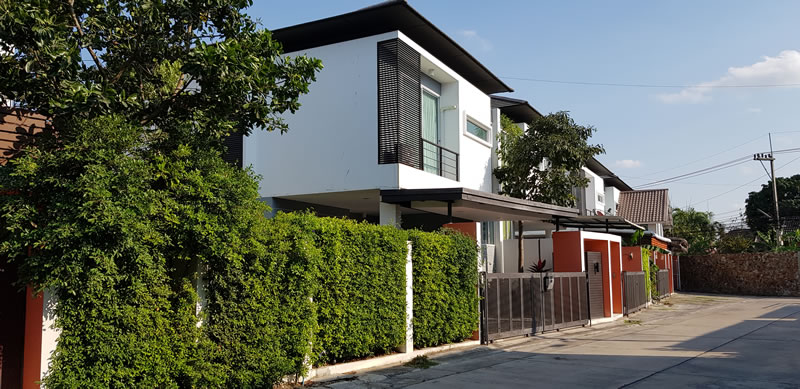 Three bedroom  house for Sale in Banglamung