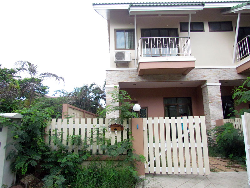 Two bedroom  townhouse for Rent in East Pattaya