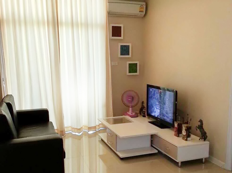 Two bedroom  condo for Sale in East Pattaya