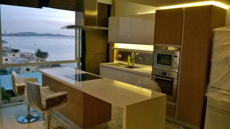 One bedroom Luxury Penthouse  condo for Sale in Jomtien