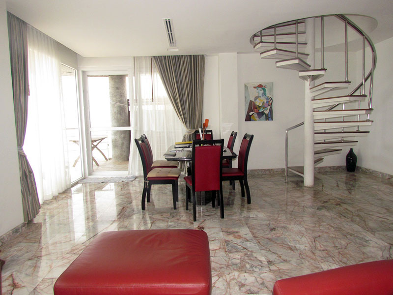 Four bedroom  condo for Sale in Naklua