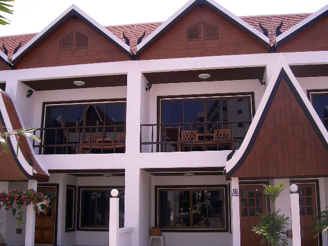 Two bedroom  house for Sale in Pratumnak