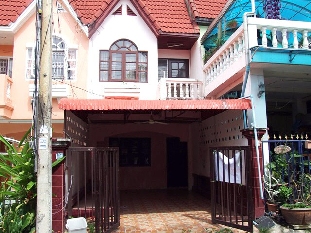Two bedroom  townhouse for Sale in South Pattaya