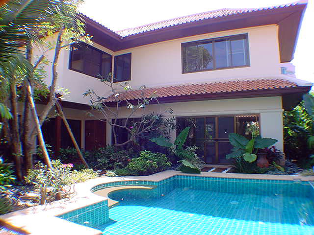 3 Bedrooms House with Private Pool - Jomtien