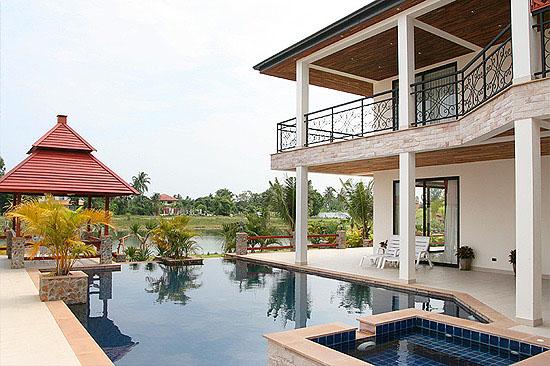 Five bedroom  house for Rent in Baan Amphur