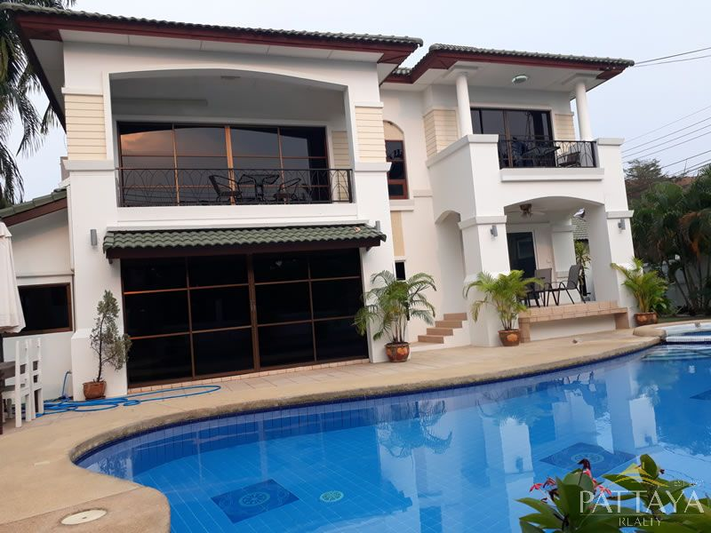 Six bedroom  house for Rent in East Jomtien - Huay Yai