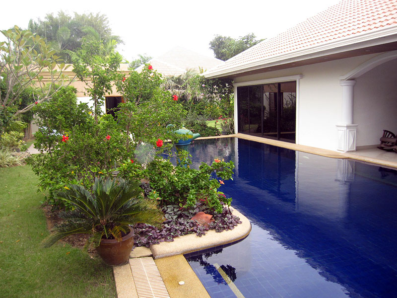 Four bedroom  house for Sale in Jomtien