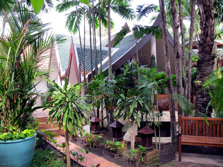 Five bedroom  house for Sale in Jomtien