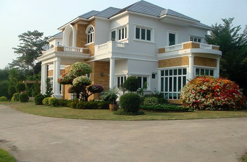 Six bedroom  house for Sale in Bang Saray