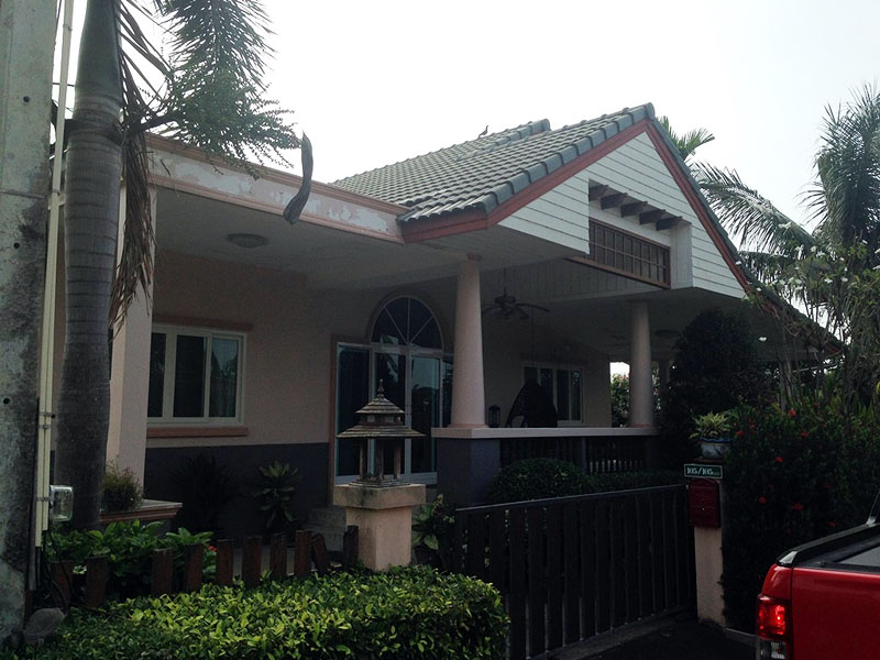 Three bedroom  house for Rent in Baan Amphur