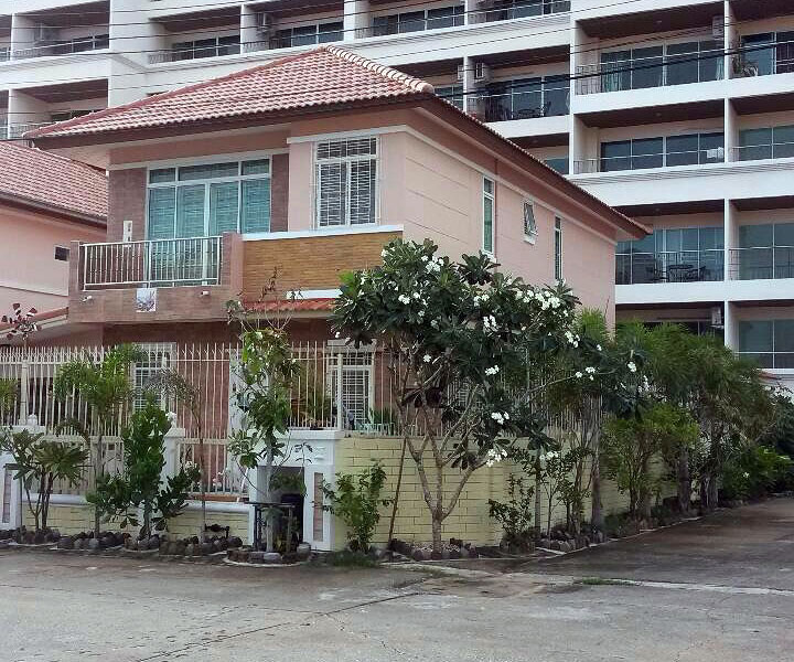 Three bedroom  house for Sale in Jomtien