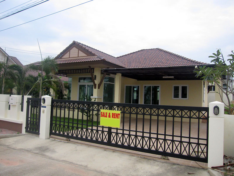 Two bedroom  house for Sale and Rent in East Jomtien - Huay Yai