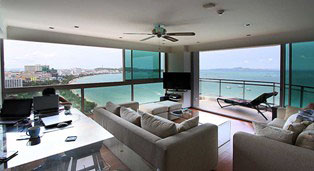 Two bedroom  condo for Rent in North Pattaya