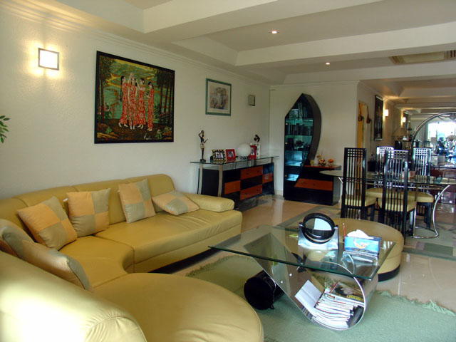 Three bedroom  condo for Sale in Jomtien