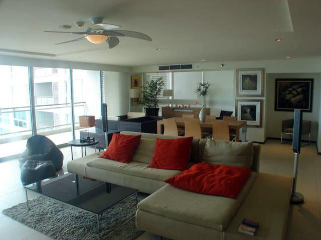 Three bedroom  condo for Rent in North Pattaya
