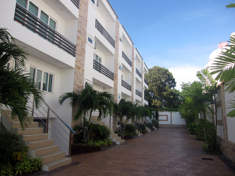 Four bedroom  house for Sale in Wong Amat