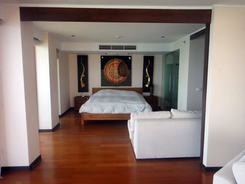 Two bedroom  condo for Sale in North Pattaya