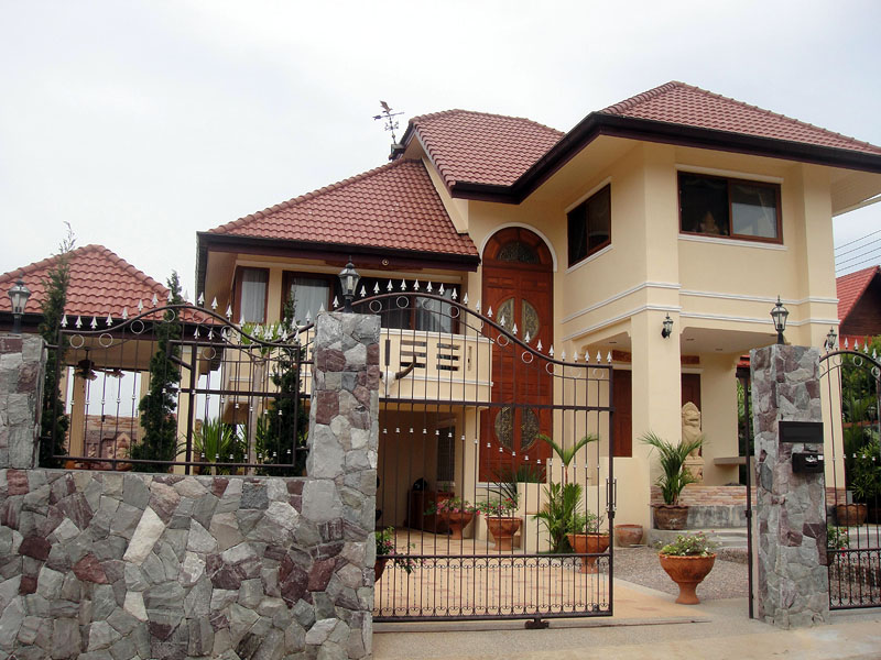 Two bedroom  house for Sale in Sattaheep