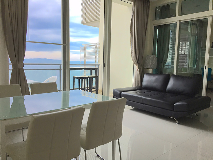 Four bedroom  condo for Sale in Jomtien
