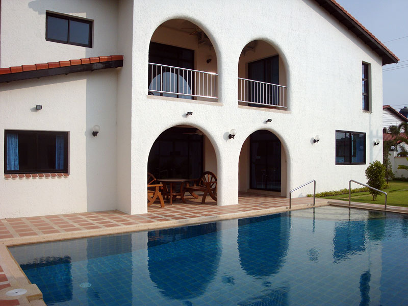Five bedroom  house for Sale and Rent in Mabprachan - Pong