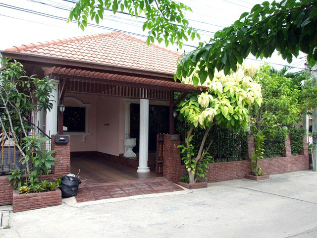 Two bedroom  house for Rent in South Pattaya