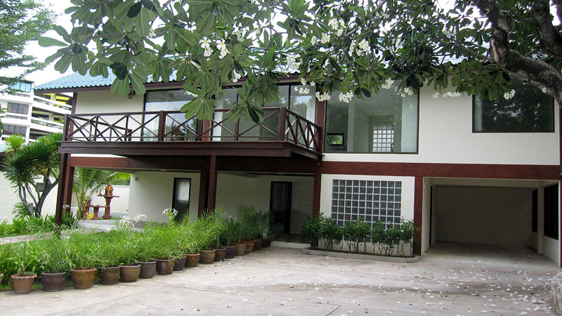 Four bedroom  house for Rent in Wong Amat