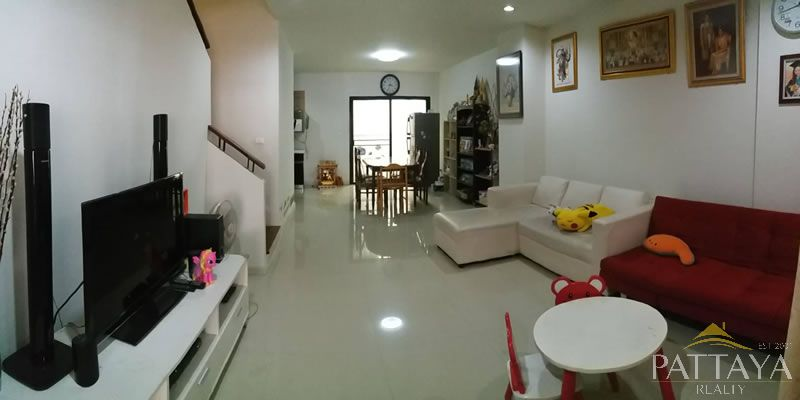 Three bedroom  townhouse for Sale in South Pattaya